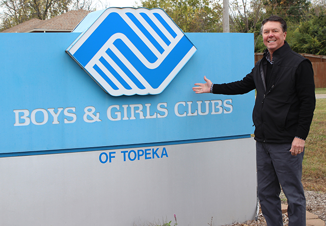 Ken Scott by Boys and Girls Club sign image